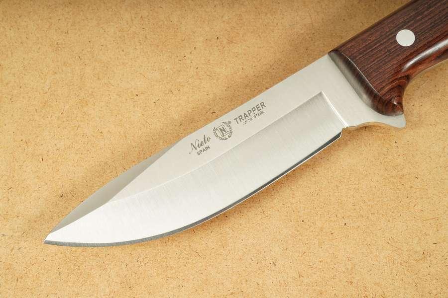 Nieto Outdoormesser Trapper 11.5 cm Klinge rostfrei Full Tang Olivenholz-Griff
