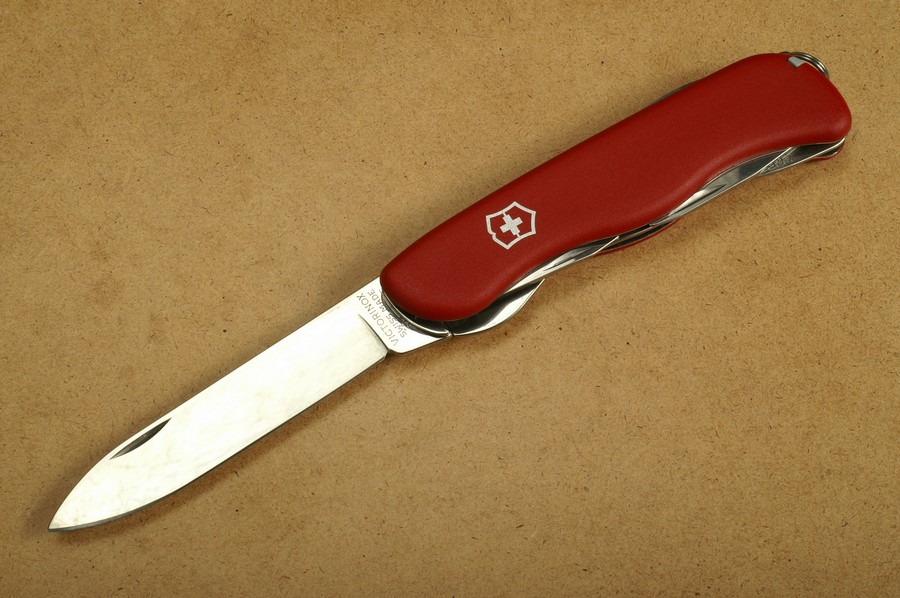 Victorinox Adventurer Taschenmesser 0.8453